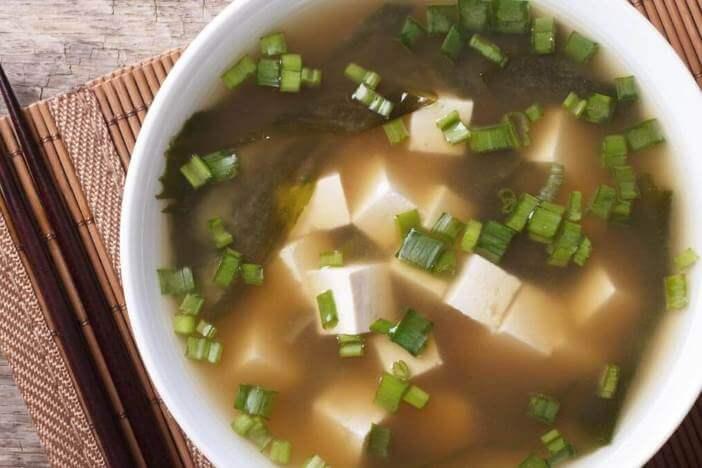 upfit-gemuesesuppe-mit-tofu-rezept